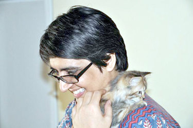 _83369266_624xsabeen-with-her-cat-jad